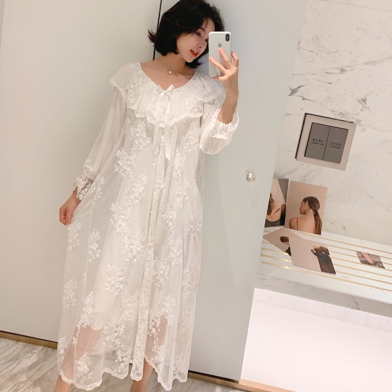 Lisacmvpnel Autumn New Embroidery Lace Princess Retro Woman Nightdress Long Section Modal Sweet Nightgown