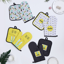 2Pcs/set Cute Cactus Insulation Gloves Oven Mitts Baking Anti-Hot Gloves Pad Oven Microwave Insulation Mat Baking Kitchen Tools microwave oven baking tray cold rolled plate porcelain veneer insulation half hour kitchen baking kitchenware wholesale
