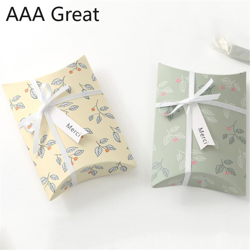 50Pcs/Lot Paper Pillow Candy Box Wedding Favors Gift Candy Boxes Home Party Birthday Supply Flowers Christmas Decoration Packing