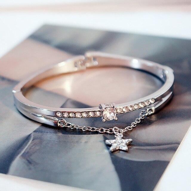 Version Of Bracelet Simple...