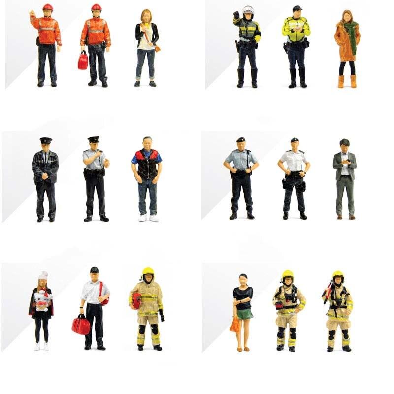 1/43 ESCALA PEQUEÑA CIUDAD Mini serie FS muñeca coche modelo escenas policía/Oficial de patrulla/bomberos ambulancia accesorios colección shows