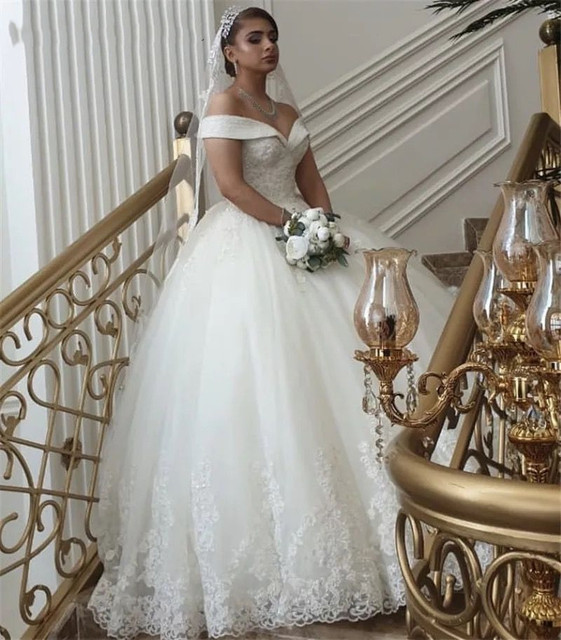Luxury Crystal Beads Princess Wedding Dresses Lace Applique V Neck Off Shoulder Bridal Gowns With Lace Up Back vestido de noiva 6