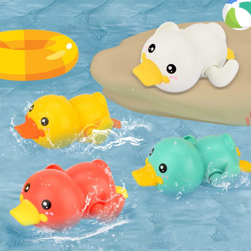 Baby Swimming Pool Shower Bath Toys Cute Animal Duck Wind Up Chain Bathing Clockwork Bathroom Game Water Toys Oyuncak 040L