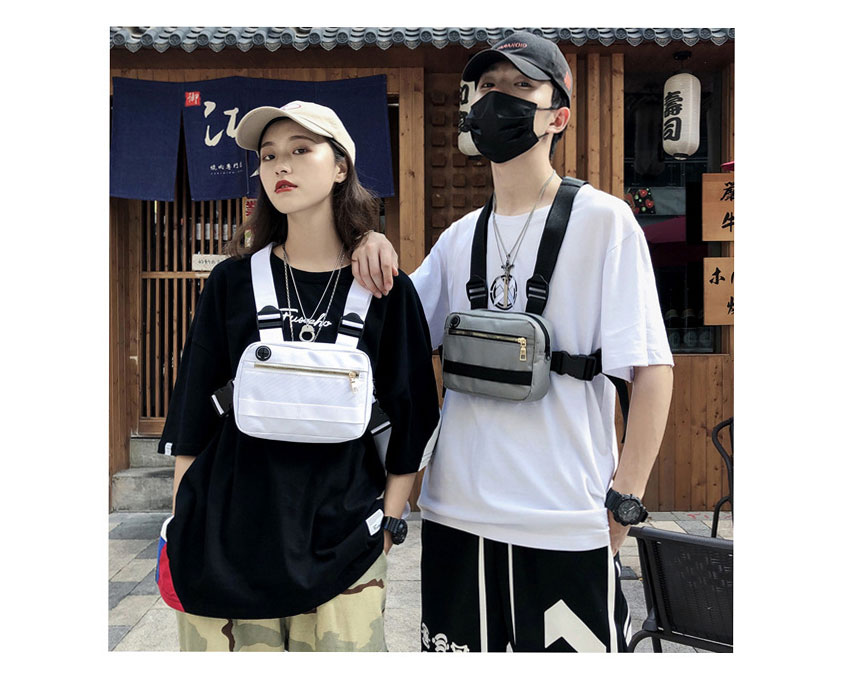 H08b18fc2c2fc44a894609b660daafac1o - Vest-Style Large Space Chest Bag Retro Square Chest Bag Streetwear Shoulder Functional Backpack Tactics Funny Pack G108