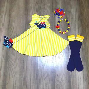 Image 5 - Primavera/verão roupas de bebê vestido listra algodão baleia unicórnio boutique roupas na altura do joelho colar meias arco e bolsa