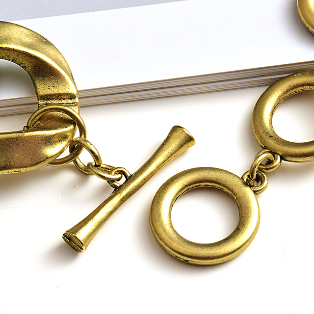 New design Matte-gold High quality Metal acrylic  Statement Fashion bracelet  5