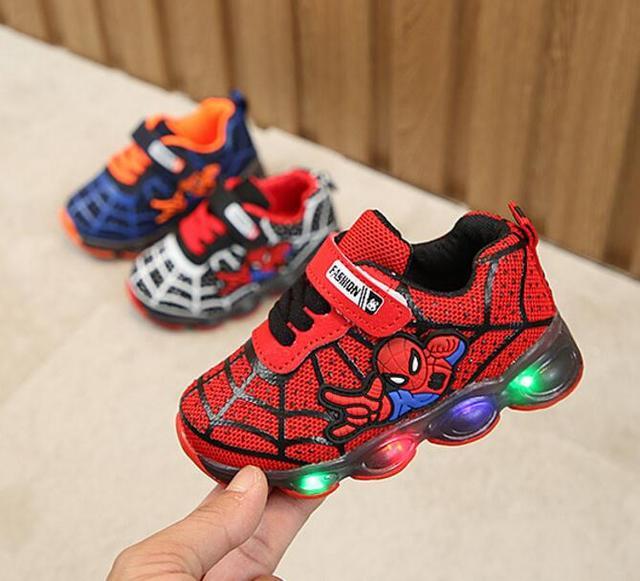 Led luminous Spiderman Kids Shoes for boys girls Light Children Luminous baby Sneakers mesh sport Boy Girl Led Light Shoes 1