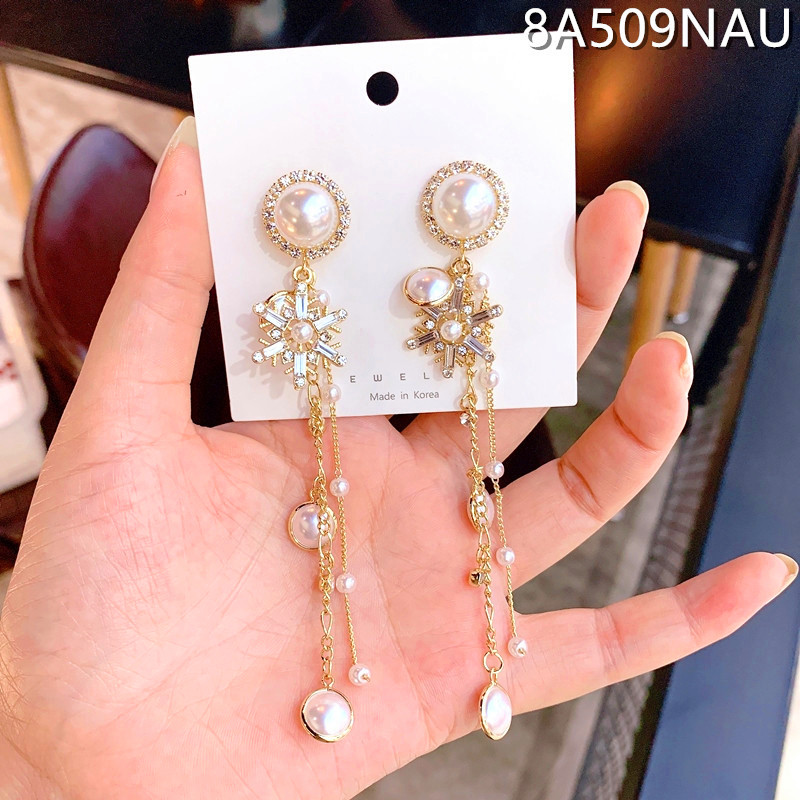 Charm Female White Crystal Drop Earrings Classic Gold Color Love Wedding Earrings For Women Cute Snowflake Pearl Dangle Earrings