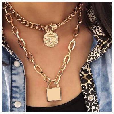 Vintage Layered Key Lock Pendant Necklace Bohemian Multilayer Gold Chain Collar Choker Necklace Fashion Punk Jewelry