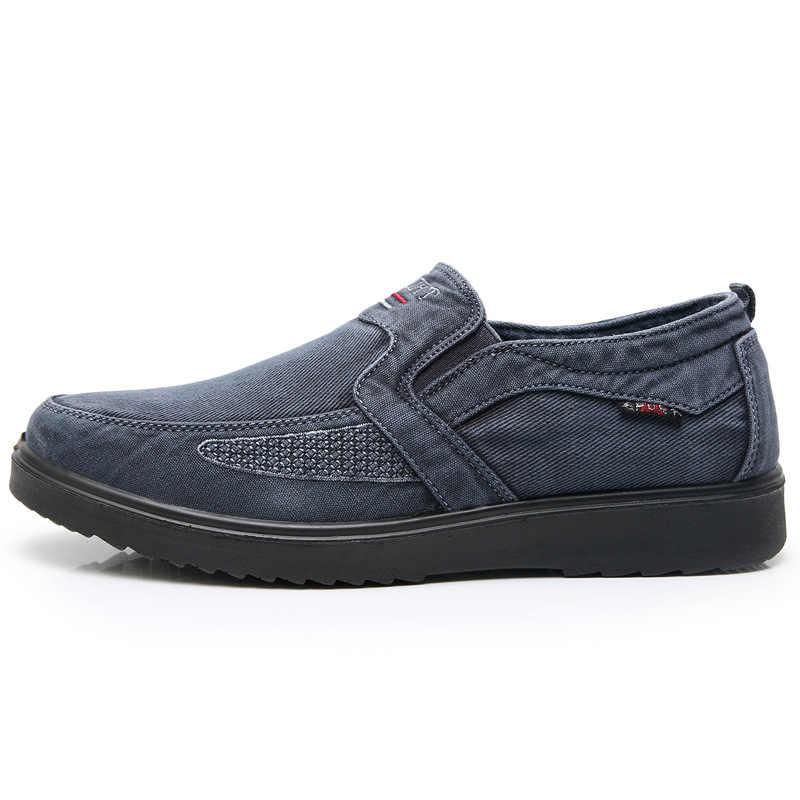 Sepatu Kasual pria Kanvas Denim Slip On Pria Sepatu Musim Semi Bernapas Platform Sepatu Ukuran Besar 39-47 Outdoor Sneakers untuk Pria