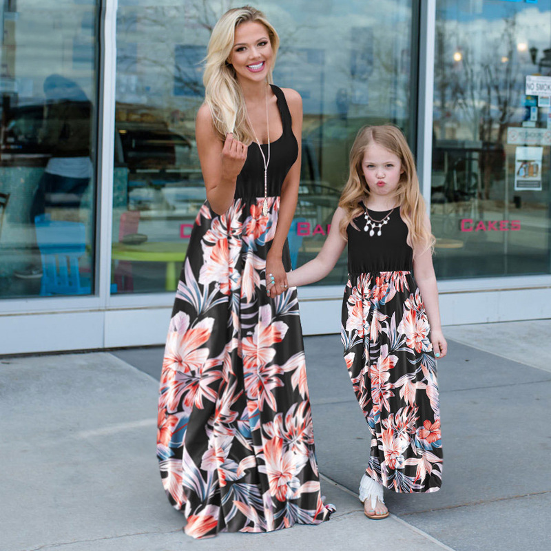 2021 Family Matching Maxi Dress Mom And Me Daughter Summer Patchwork Floral Long Dress For Women Clothes Mother Baby Girl Outfit 1