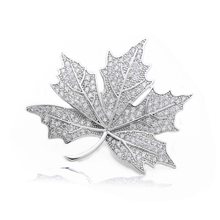 Queen Jewelry CZ Maple Leaf Brooches and Pins Silver Tone Micro Pave Victorian Style Vintage Broach for Women X00177