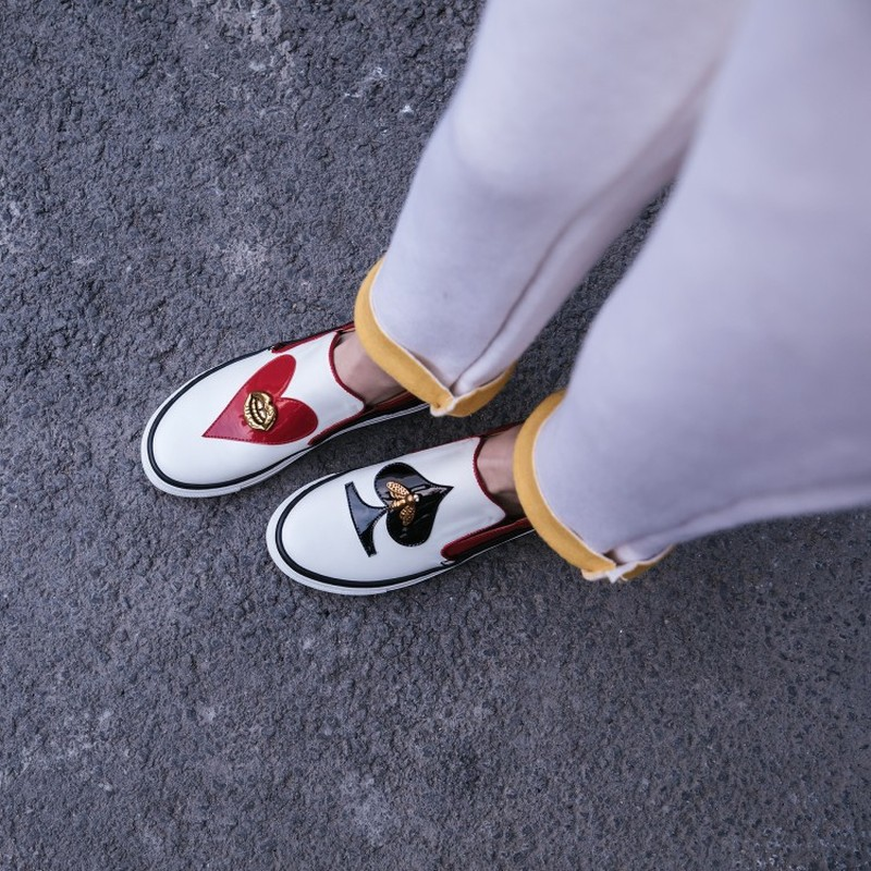 Femmes bout rond en cuir véritable abeille lèvres noir rouge coeur pique décor bas talon mocassins sans lacet mocassins chaussures 2 couleurs A1192 - 5