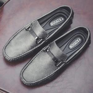 Image 2 - Erkekler rahat ayakkabılar moccasins üzerinde kayma nefes moda rahat klasik ayakkabı lüks artı boyutu 47 marka mokasen erkek ayakkabı