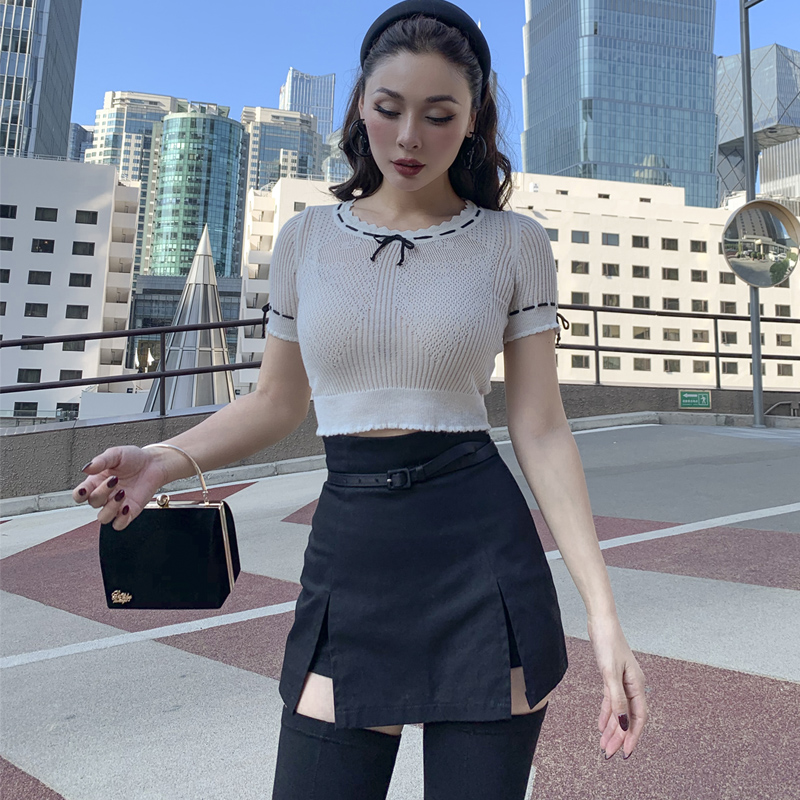 Le Palais Vintage 2019 Original F/W French Vintage Girl White Hollow Out O-Neck Short Knitwear Sexy All-match Sweater Women