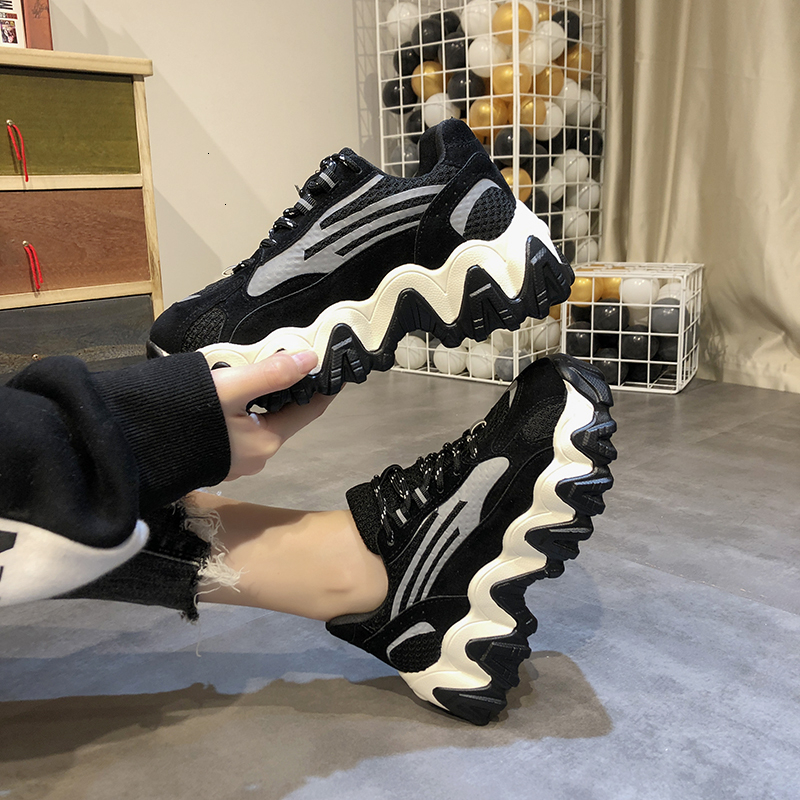 2020 Spring Women Chunky Sneakers Ulzzang Fashion Lace Up Dad Shoes Tenis Female Platform Casual Shoes Black Woman Trainers 5cm