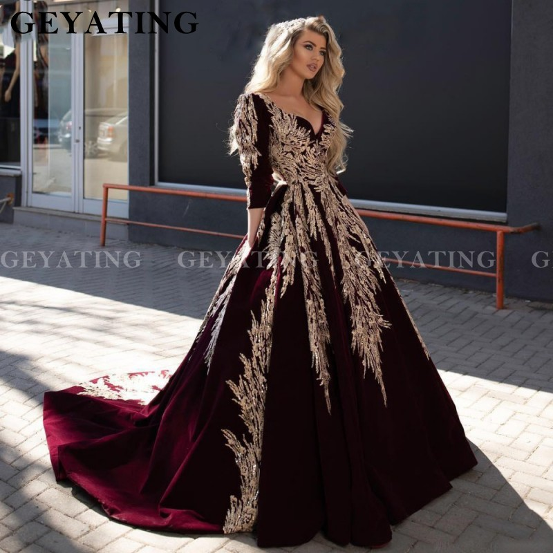 Arabic Burgundy Velvet V Neck Ball Gown Prom Dresses 2020 Gold Lace Appliques Muslim Evening Dress 3/4 Long Sleeves Party Gowns
