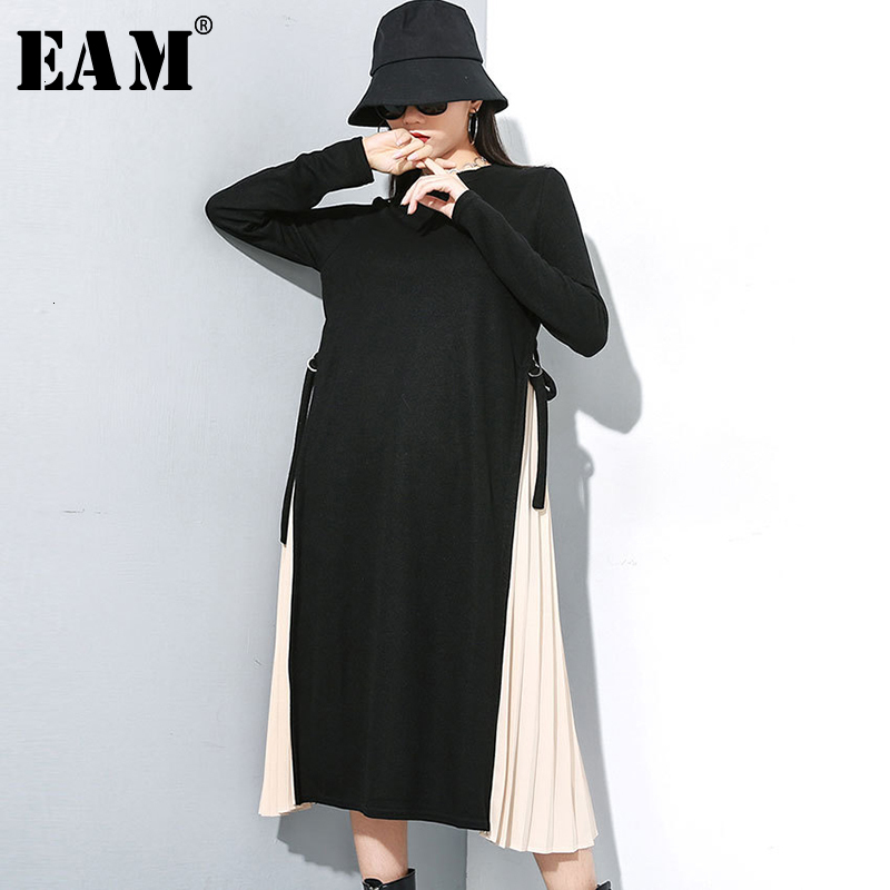 [EAM] Women Black Contrast Color Knitting Pleated Dress New Round Neck Long Sleeve Loose Fit Fashion Spring Autumn 2020 19A-a145