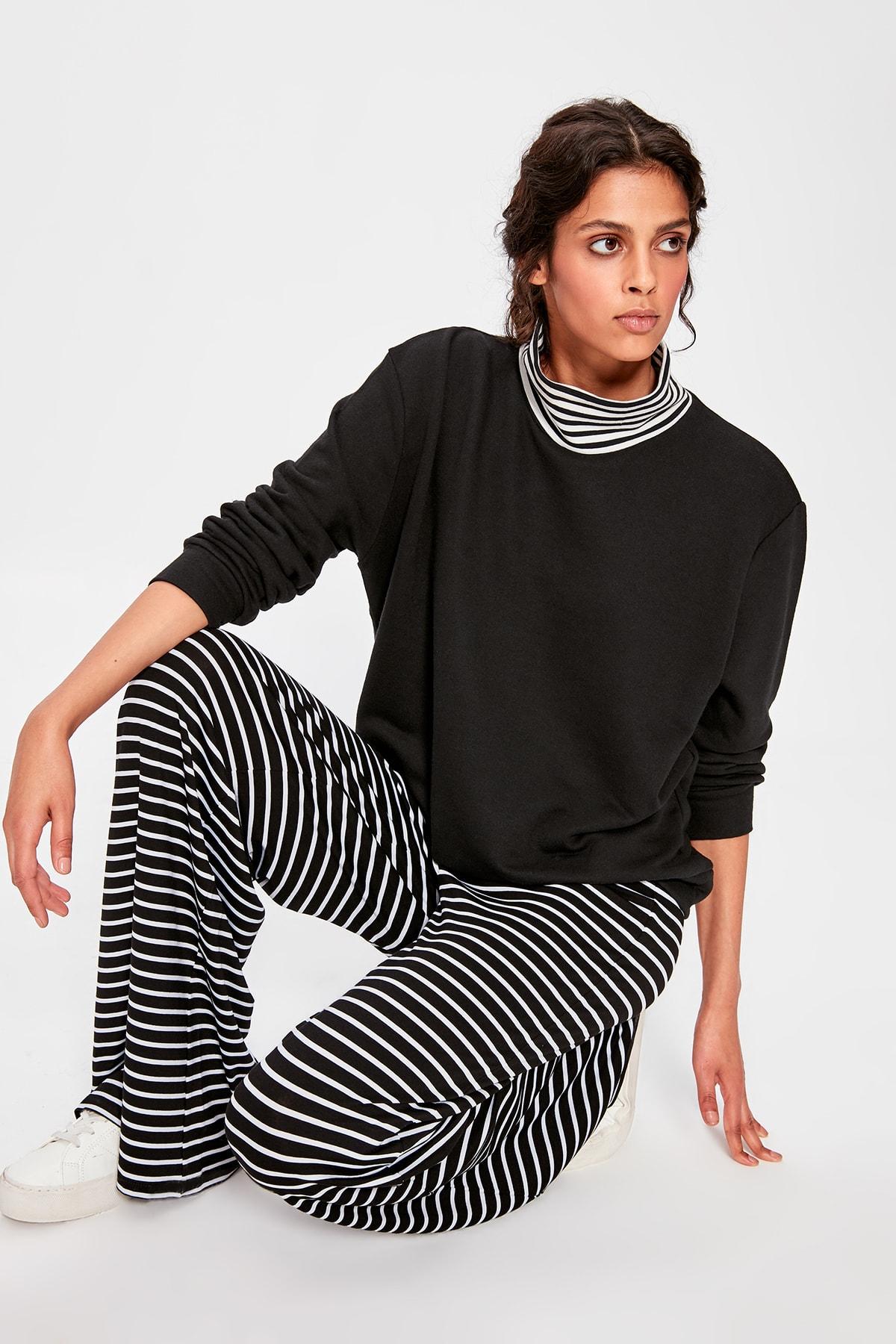 Trendyol Black Turtleneck Basic Knitted Sweatshirt TWOAW20SW0266
