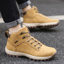 купить Men Boots Winter With Fur 2019 Warm Snow Boots Men Winter Boots Work Shoes Men Footwear Fashion Rubber Ankle Shoes 39-46 в интернет-магазине