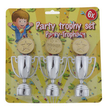 6 Pcs = 3pcs Gold Plastic Winnaars Medailles + 3 plastic Trofee Speelgoed Voor Kids Party Fun Rekwisieten(China)