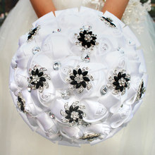 WifeLai บริสุทธิ์สีขาว Rose ดอกไม้สีดำเข็มกลัดจัดงานแต่งงาน Buque de noiva ชุดเจ้าสาวคริสตัลงานแต่งงานช่อดอกไม้ที่กำหนดเอง