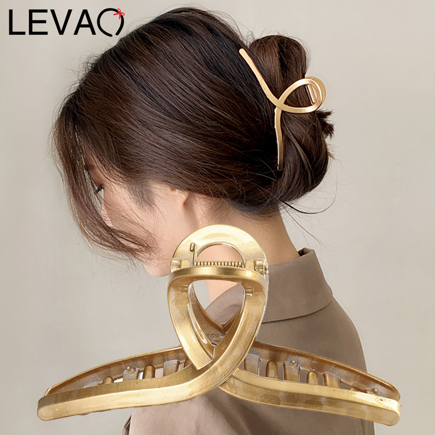 LEVAO Acrylic Hair Clip Claws Oversize Makeup Thick Hair Accessories for Women Korean Black White Barrette 2021 New Hair Grips