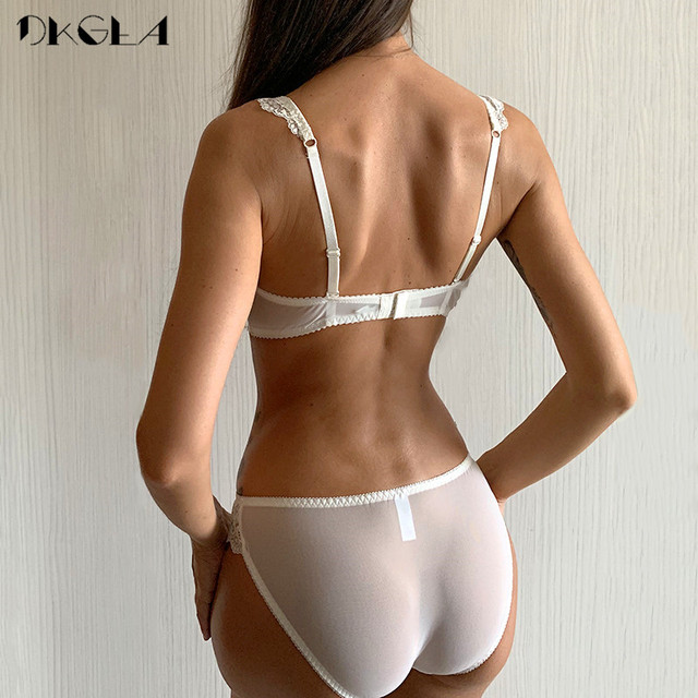 New Women's underwear Set Lace Sexy Push-up Bra And Panty Sets Bow Comfortable Brassiere Young Bra Adjustable Deep V Lingerie 2