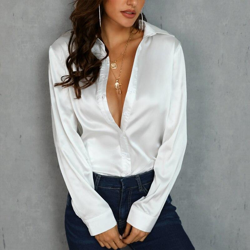 Девушки в пиджаках и блузках фото