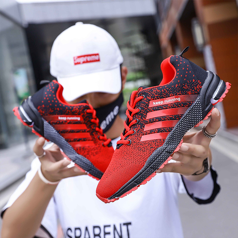 Fashion Spring/Autumn Men Casual Shoes Lightweight Mens Sneakers Flyknit Breathable Striped Nonslip Shoes Women Flats Shoes