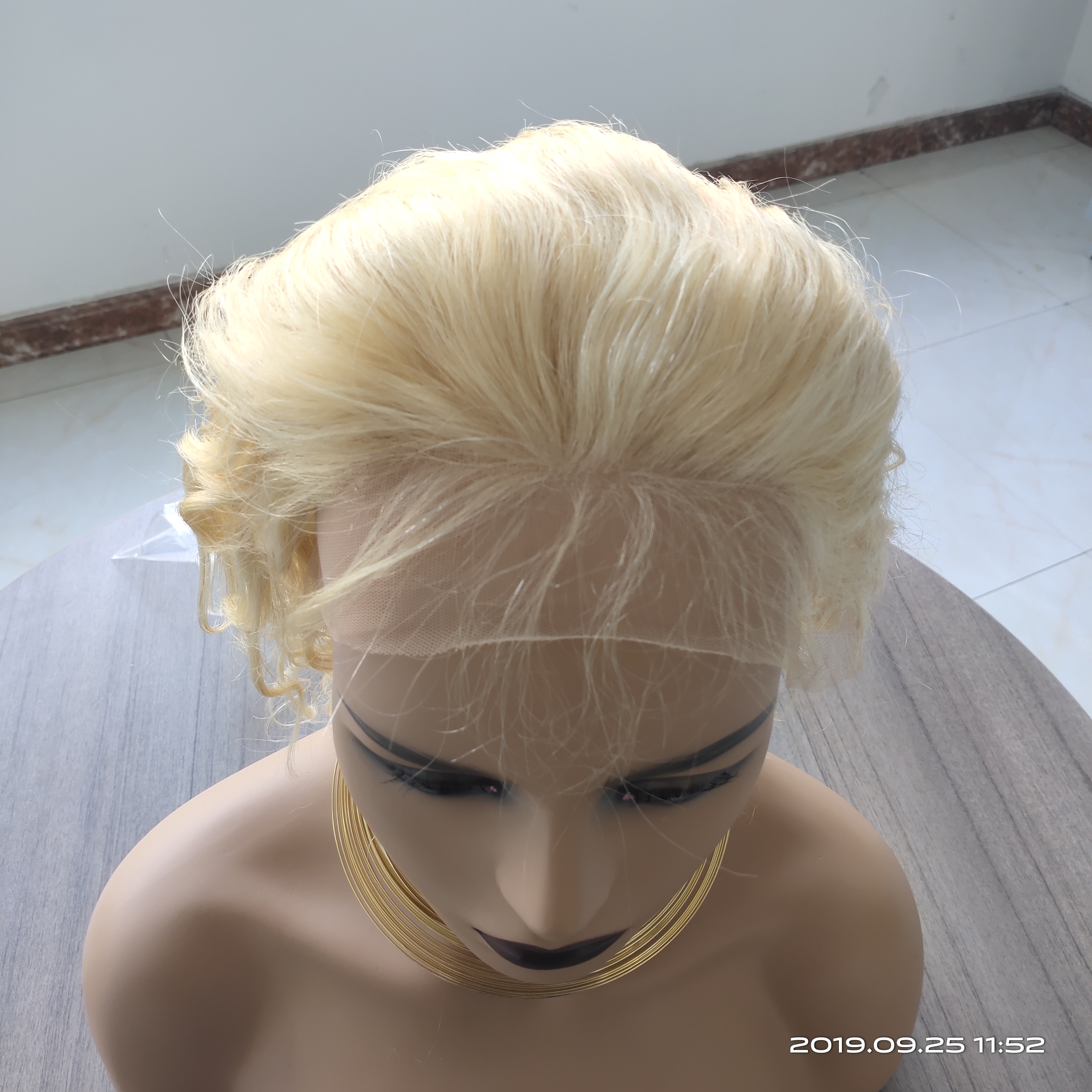 Image 5 - 613 Blonde Lace Front Wig Deep Body Wave Ombre Human Hair Wig Brazilian Remy Pre Plucked 13x4 Transparent Lace Wigs 150% Density-in Human Hair Lace Wigs from Hair Extensions & Wigs