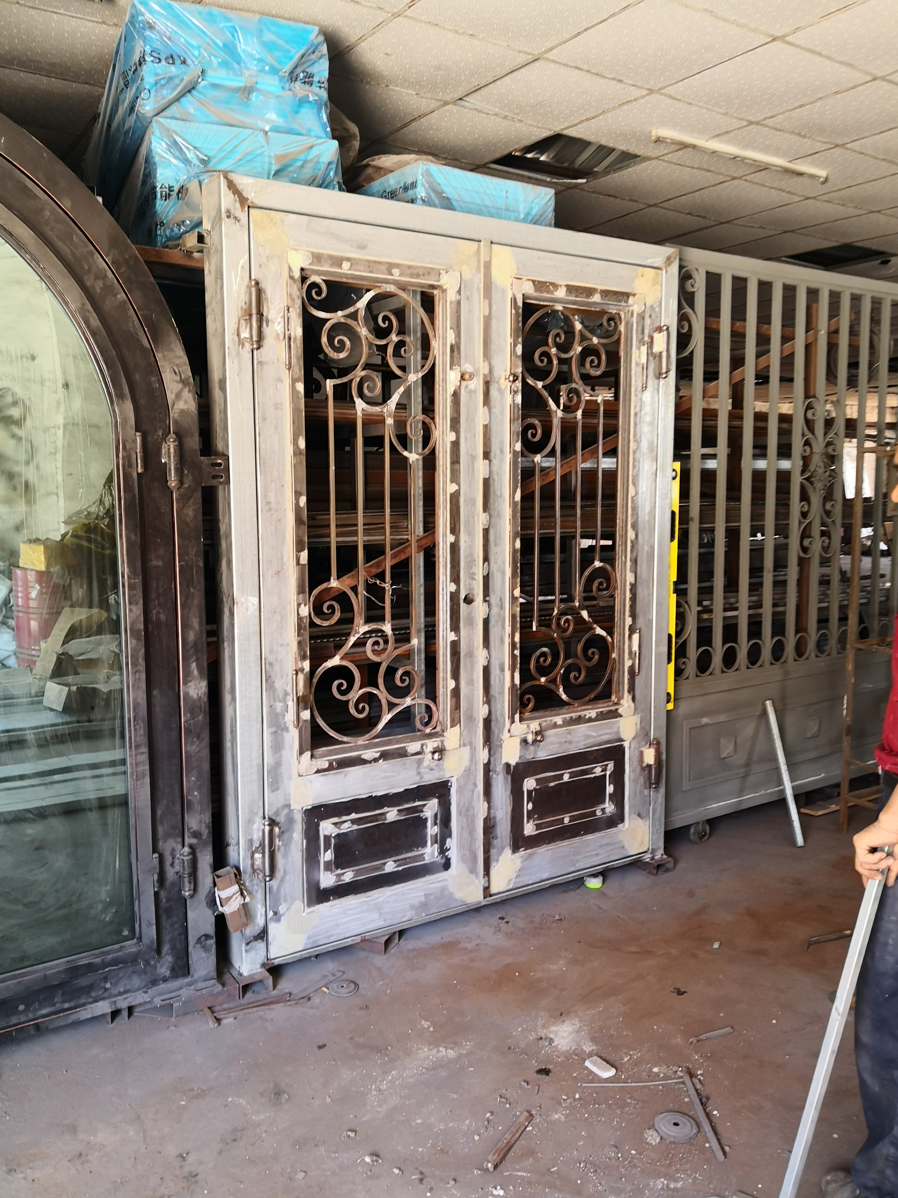 Shanghai Hench Brand China Factory 100% Custom Made Sale Australia Wood Front Doors With Glass And Wrought Iron