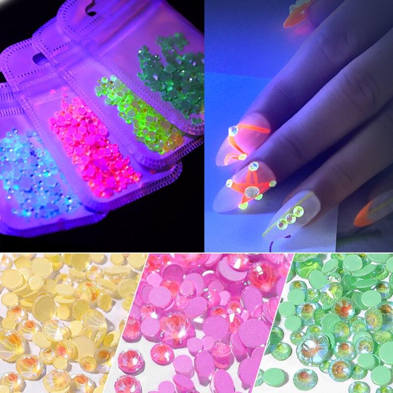 1pack Luminous Crystal Mixed Size SS6-SS20 Nail Art Rhinestone Decorations 3D Glitter Diamond Jewelly Glow In The Dark Ornaments