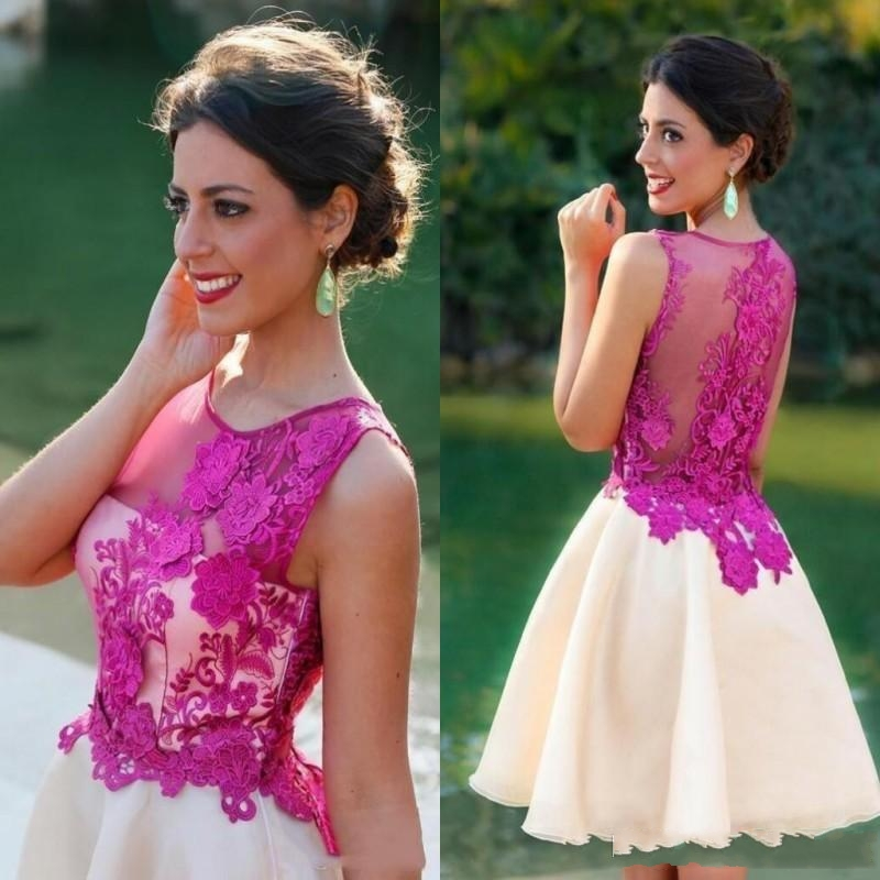 Cheap 2020 Short Cocktail Party Dress Lace Applique Illusion Back Homecoming Dresses Formal Dresses Short Prom Dresses Custom