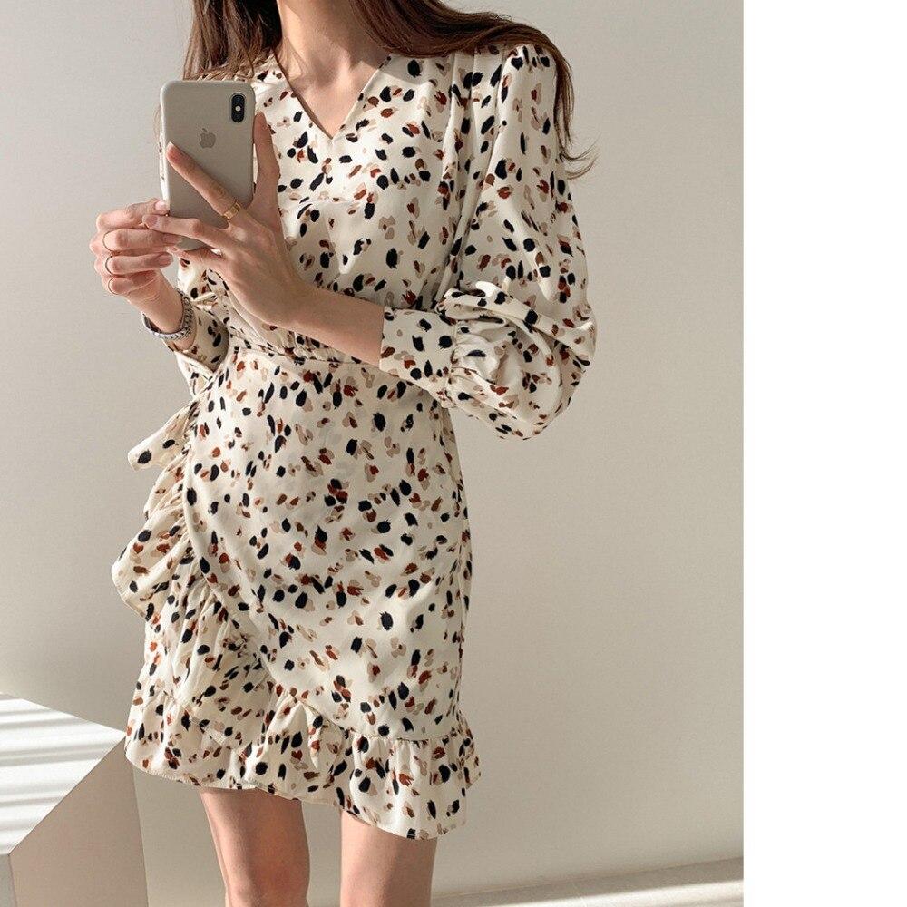 H09420dae6b9b46d6982b9228b1c041e5p - Autumn V-neck Long Sleeves Floral Print Flounced Mini Dress
