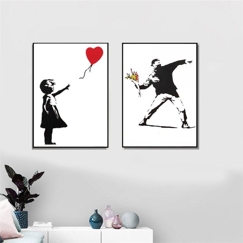 Banksy Graffiti sanat tuval boyama kız kırmızı balon boyama siyah ve beyaz duvar sanat posterleri İskandinav oturma odası ev dekor