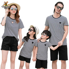 Family Look Mother Daughter Clothes Summer Father Son T-Shirts Short Pants Men Boy Family Matching Outfits Women Girl Set family look clothing 2020 summer mother daughter dress family matching outfits father son t shirt short pants clothes set