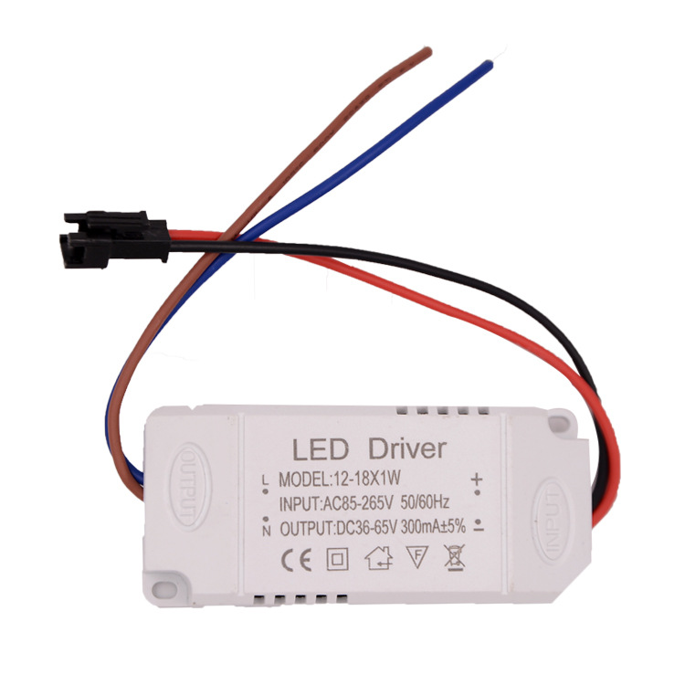 LED Driving Power 12-18W Ceiling Light Downlight Extraposition Drive Power Supply Isolated Constant Current Wide Pressure 14W15W