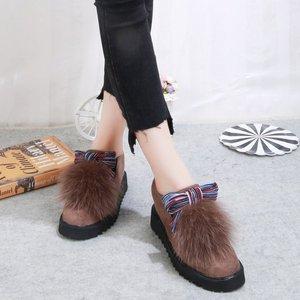 Image 2 - Модные меховые лоферы с закругленным носком для женщин, теплые лоферы из флока с полосками, повседневные разноцветные туфли на плоской подошве без шнуровки