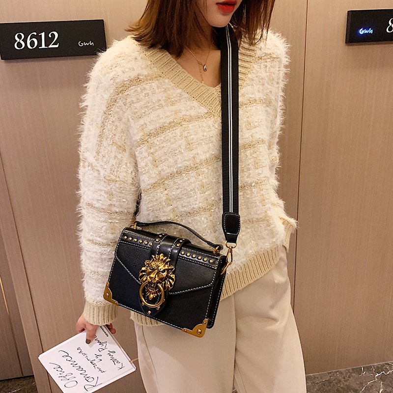 H095e3e3f6fcc4afaa2ce9eceee13d0ccI - Female Fashion Handbags Popular Girls Crossbody Bags Totes Woman Metal Lion Head  Shoulder Purse Mini Square Messenger Bag