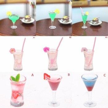 112 casa de muñecas triángulo Cóctel Cristal casa de muñecas miniatura accesorios copa de Vidrio colorido copas Bar bebidas