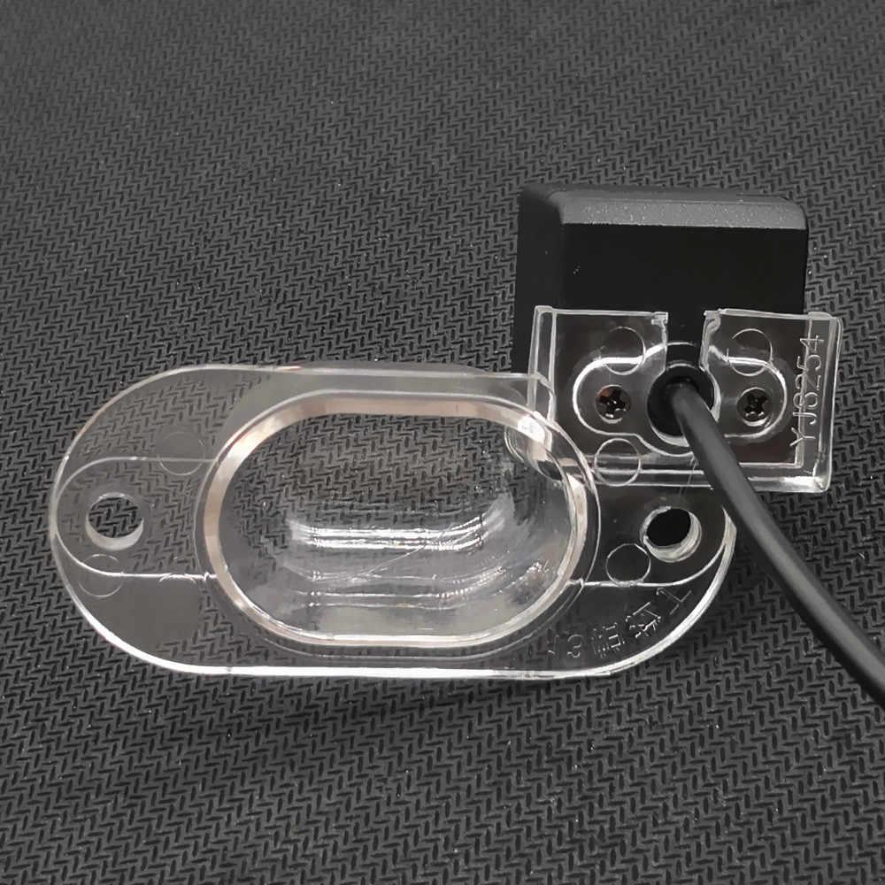 YIFOUM 170 degrés Vision nocturne HD voiture vue arrière caméra pour Nissan Evalia Roniz Xterra Paladin NV200 Vanette x-trail Classic T30