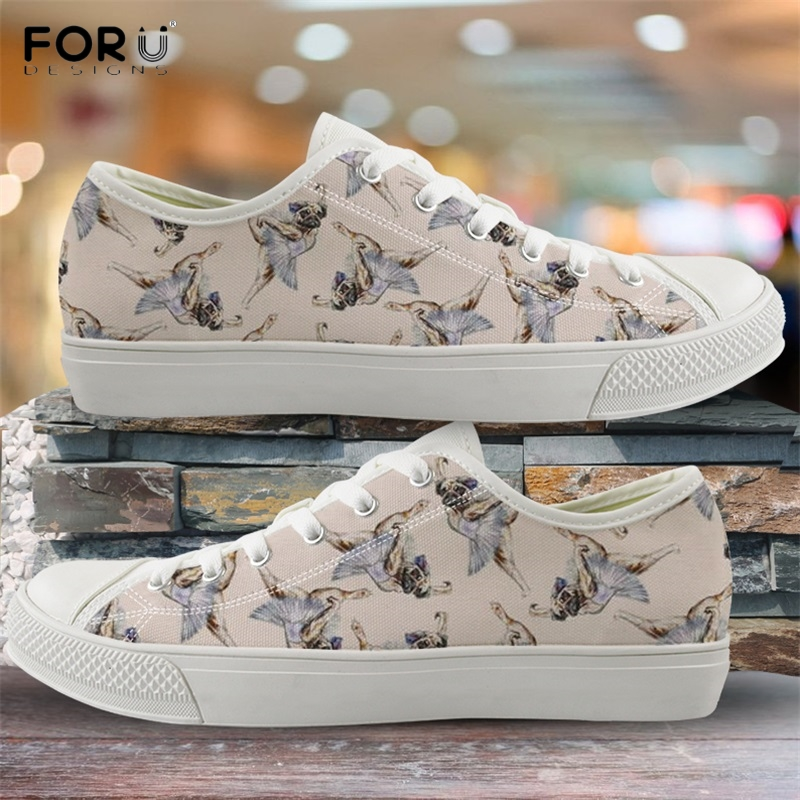 Canvas Casual Shoes for Women Christmas Pattern Cute Cartoon Cats Canvas Slip-on Casual Printing Comfortable Low Top Women Canvas Shoes