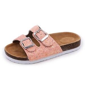 Image 5 - 2019 nowe kapcie dziecięce letnia plaża dzieci korkowe sandały błyszczące cekiny dla rodzinnych butów Leopard boso mieszkania dziewczyny pantofel