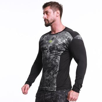 Outdoor Men turystyka t-shirty taktyczne wojskowe armii walki t-shirty polowanie wspinaczka odzież oddychająca odporne na szybkie suche t-shirty tanie i dobre opinie ESDY Poliester Drukuj WindStopper Pełna Pasuje prawda na wymiar weź swój normalny rozmiar 425dds