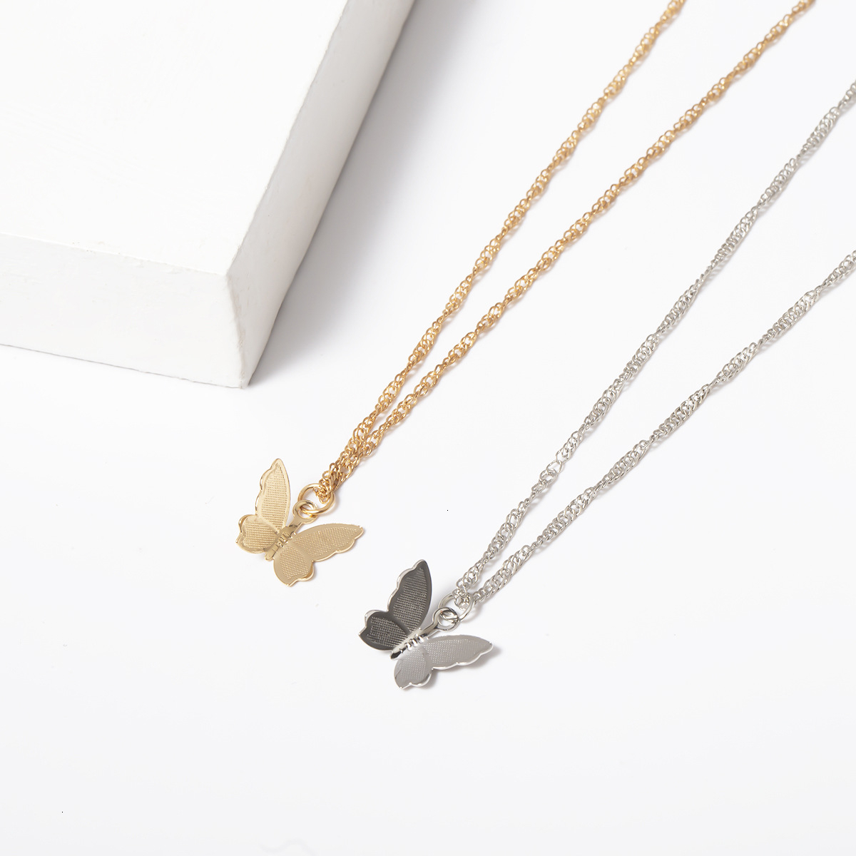 Top Selling Little Butterfly Pendant Necklace For Women Girl Gold Chain Collar Female Shining Accessories Party Jewelry Gift