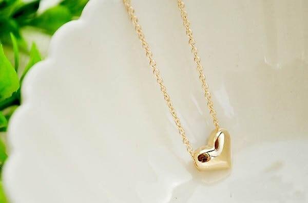 Étoile même mode bijoux petit coeur de pêche amour collier coeur en forme de coeur clavicule chaîne fabricant en gros Europe et Am