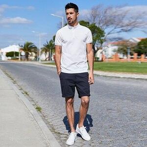 Image 2 - KUEGOU 2020 Homens Camisa Pólo de Moda de Algodão Branco de Verão de Manga Curta Slim Fit Marca Poloshirt Para Homens Além de Roupas Tamanho 1524