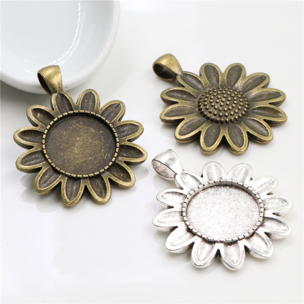 5pcs 18mm Inner Size Antique Bronze And Silver Plated Sun Flower Connection Style Cabochon Base Cameo Setting Charms Pendant