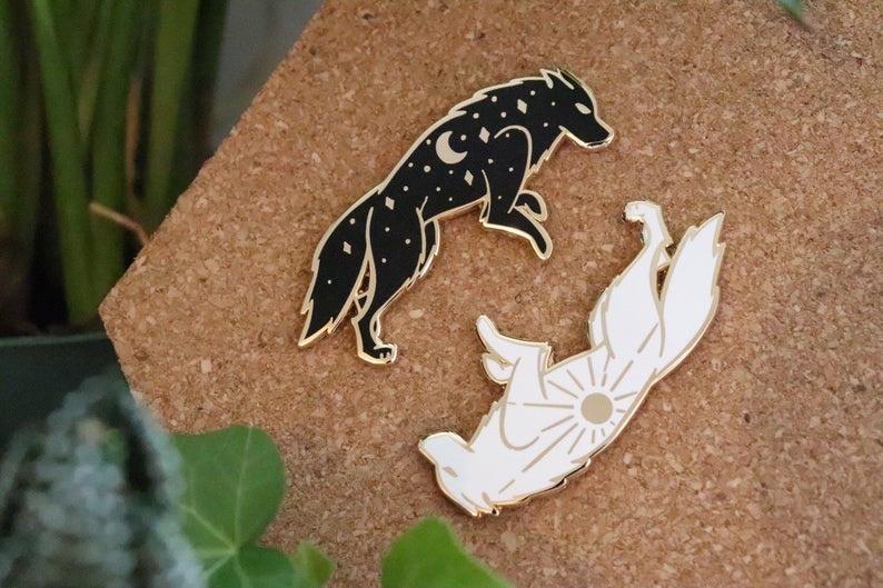 Эмалированные булавки Sun and Moon Wolf